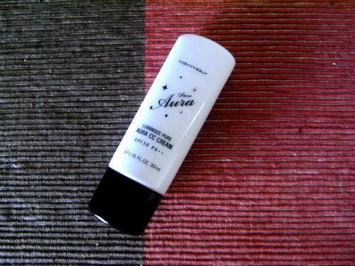 【トニーモリ―】ルミナス 水分光彩CCクリーム