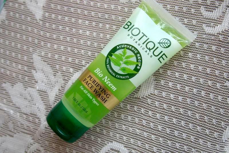 バイオティークの人気商品!ニキビ予防やニキビ治療効果があるニーム洗顔フォーム!