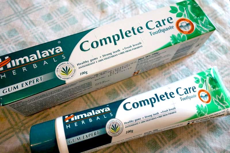 【ヒマラヤ】リピ3度目!アーユルヴェーダ処方の自然成分から作られた歯磨き粉『コンプリートケア』