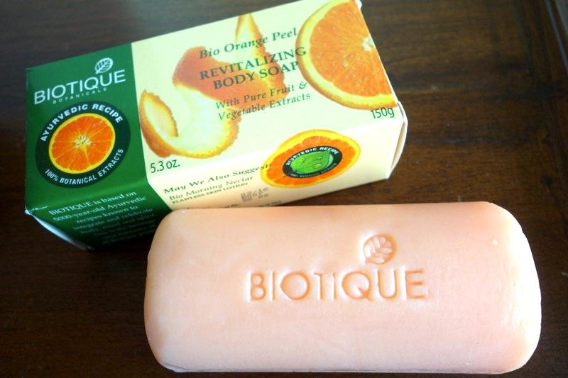 インド アーユルヴェーダコスメ バイオティーク バイオオレンジピールソープ石鹸 Biotique Bio Orange peel soap