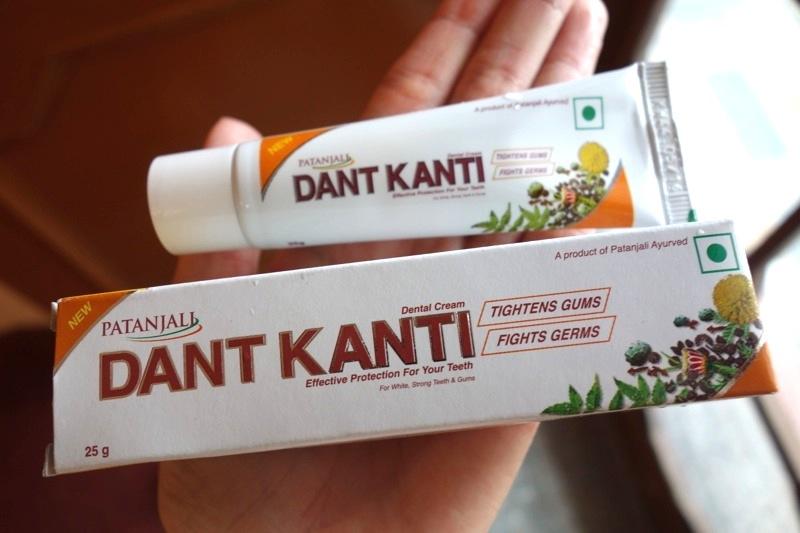 パタンジャリ アーユルヴェーダ 歯磨き粉 ダントカンティ DANT KANTI