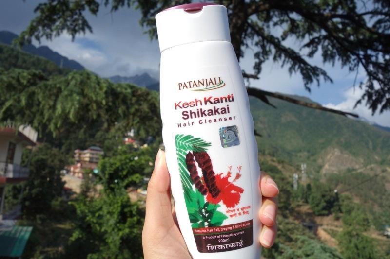 【パタンジャリ】これもヒット!頭皮の乾燥と抜け毛を防ぎ、髪に輝きを改善する『シカカイシャンプー』