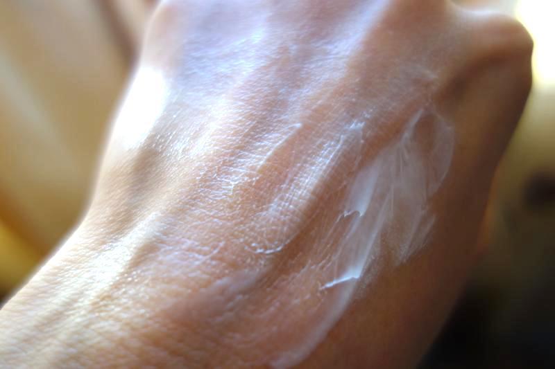 【パタンジャリ】スーっと馴染んで1日中ずっと潤う!『アロエベラ保湿クリーム』